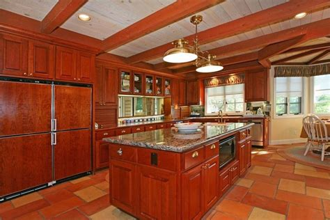 white kitchen cabinets with cherry wood floors 25 cherry wood kitchens cabinet designs ideas 2205