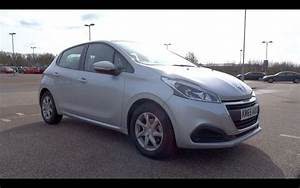 Peugeot 208 1 2 Puretech : 2015 peugeot 208 1 2 puretech 82 active 5 door start up and full vehicle tour youtube ~ Medecine-chirurgie-esthetiques.com Avis de Voitures