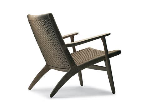 buy the carl hansen ch25 lounge chair at nest co uk