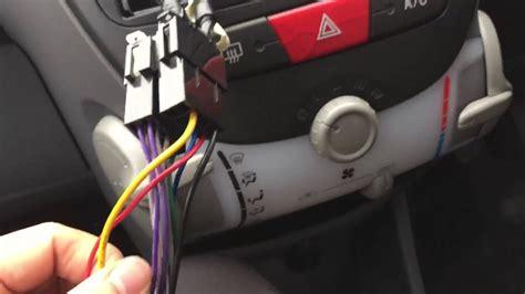 Toyota aygo/citroen C1/peugeot 107 after market radio ...