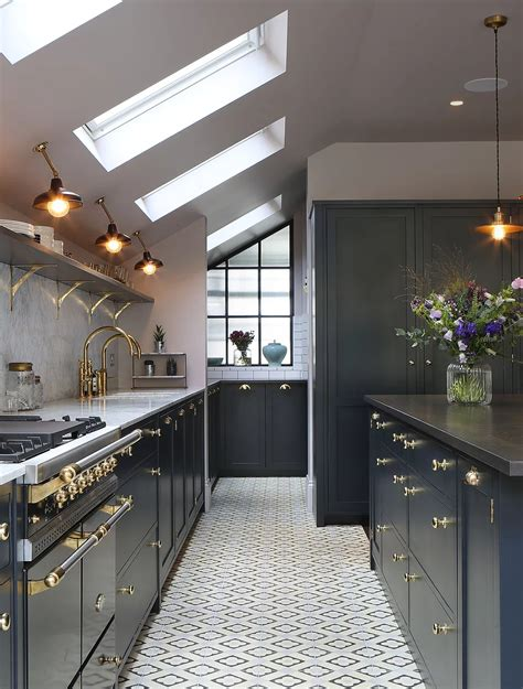 Amazing Kitchen Design With Touches Of Gold amazing kitchen design with touches of gold decoholic