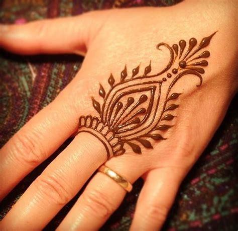easy henna mehndi designs  starters bling sparkle
