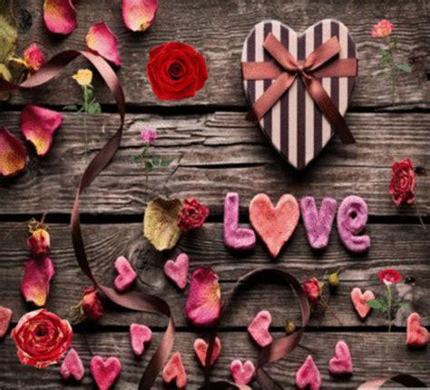 petals  love    roses ecards greeting