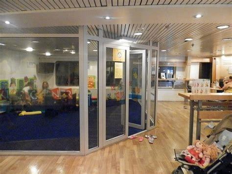 salle de jeux enfant salle de jeux enfant du mega smeralda photo de corsica