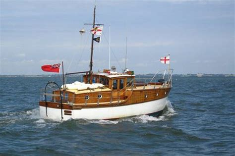 Motor Boats For Sale On Norfolk Broads by 308 Best Wooden Boats From Norfolk Broads Thames And Other