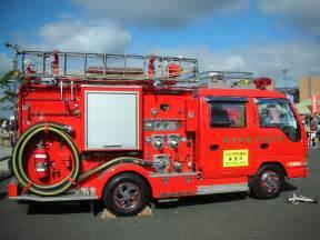 消防車:写真素材館ラクア » Blog Archive » 消防車