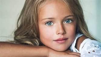 elle n 39 a que 9 ans et elle et elu la plus belle fille du monde youtube