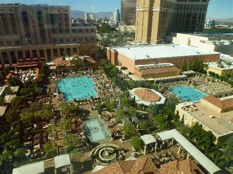 chambre hotel las vegas swimming pool seen from floor 28 picture of the venetian
