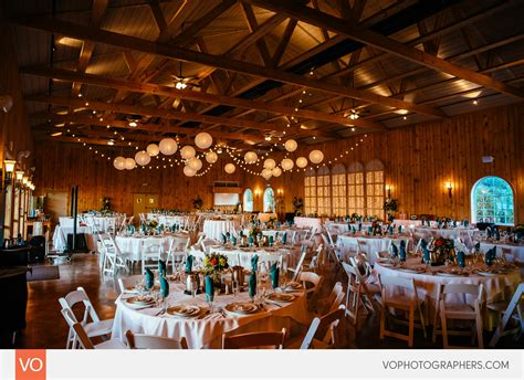 lodge  maneeleys wedding heather dj vo
