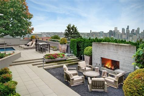 rooftop deck  queen anne urbancondospaces