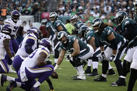 nfl schedule  eagles  play vikings  thanksgiving
