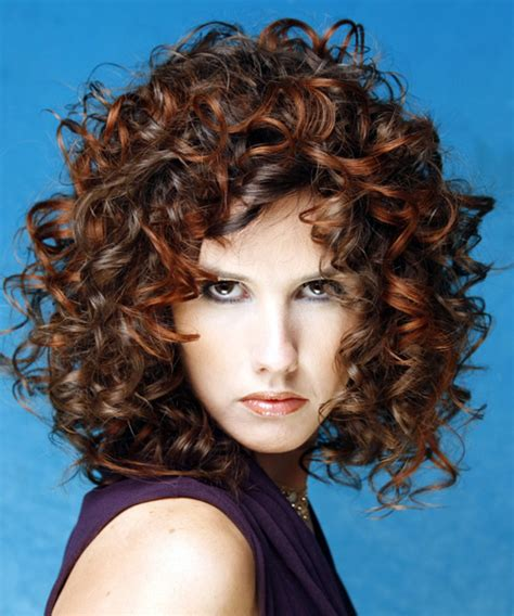 curly hairstyles  suit  face shape