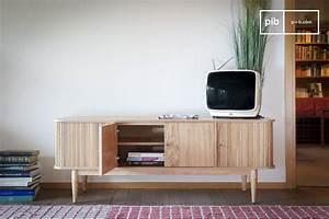 Beine Für Möbel : tv m bel ritz vorhang helles holz und feine beine f r pib ~ Buech-reservation.com Haus und Dekorationen