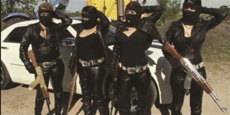 gun toting female assassins  mexican drug cartels