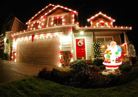 how to put christmas lights on house how to put christmas lights outside without outlet