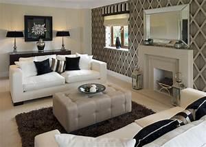 Living room diamond shape wallpaper as living room for Small living room feature wall ideas