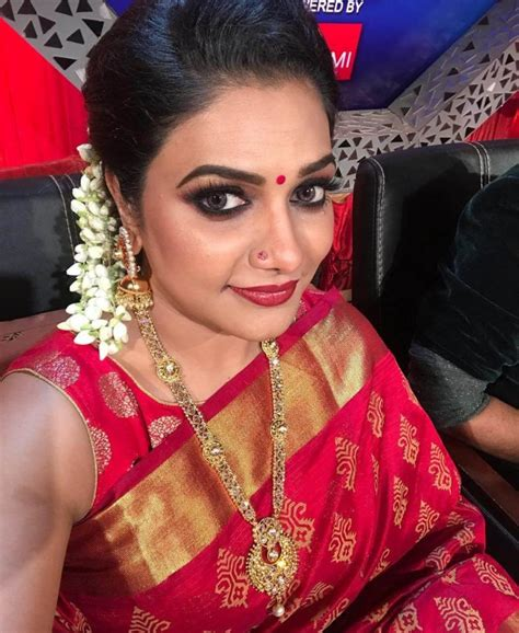 Rimi Tomy Wiki, Biography, Age, Family, Movies, Songs ...