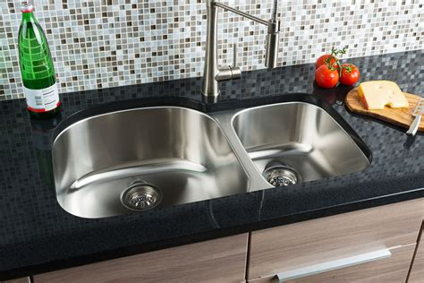 hahn granite kitchen sinks hahn chef series large 70 30 bowl sink jpg