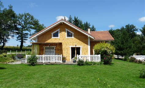 maison en bois esprit nature bois