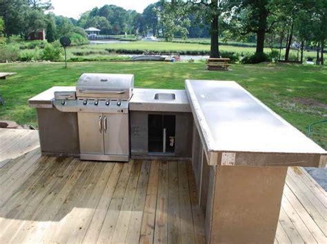 outdoor kitchen countertop material outdoor how to pick outdoor kitchen countertop material kitchen countertops quartz kitchen