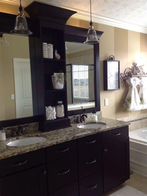 Builder Grade Bathroom Mirror by 1000 Ideas About Bathroom Mirror Redo On
