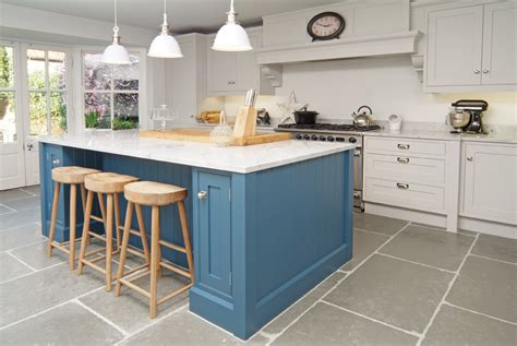 shaker style kitchen island the classic shaker kitchen made in sheffield 5170