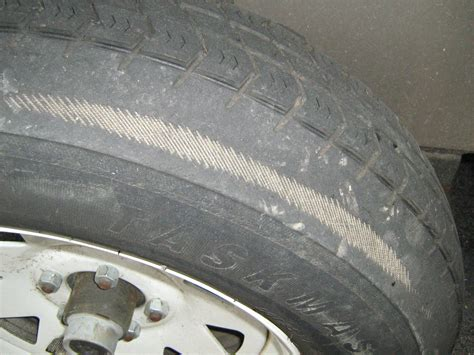What Do Tire Tread Wear Patterns Mean?