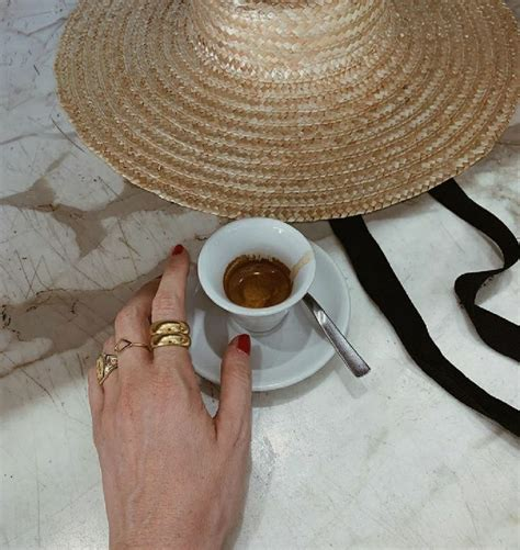 Cream aesthetic brown aesthetic kitchen set up coffee pictures brown coffee coffee staining prop styling coffee and books dessert for dinner. Pin by Citlalli Alvarez Martinez on life in 2020   Aesthetic coffee, Fancy coffee drinks, Coffee ...