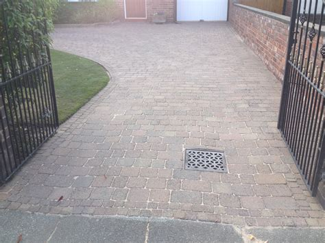 block paving cleaning southport merseyside driveway