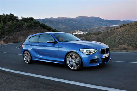 Top gear reviews the bmw 1 series. BMW comes out with the new three-door 2013 BMW 1 Series