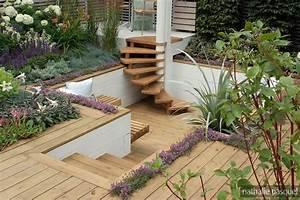 terrasse en contrebas du jardin terrasse suspendue With delightful idee amenagement exterieur entree maison 0 superbe idee amenagement exterieur entree maison 8