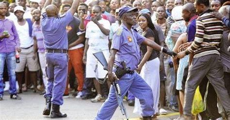 Photos Adulterous Johannesburg Couple Stuck Together
