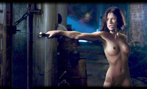 Rhona Mitra Nude Leaked The Fappening - Celebrity Leaks