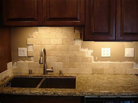 kitchen backsplash ideas with santa cecilia granite santa cecilia granite backsplash ideas google search kitchen ideas pinterest granite