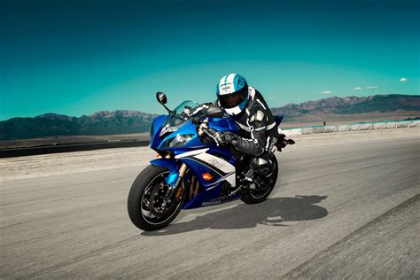 2011 Yamaha R6 Sports Bike In India