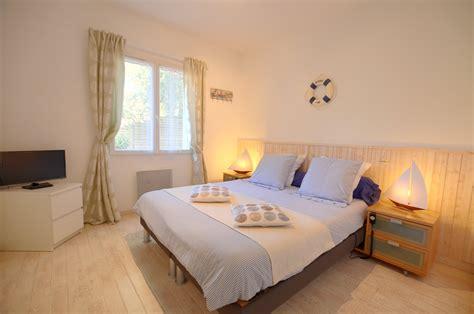 chambre de villa location villa de luxe avec piscine intérieure en vendée
