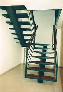 Stahltreppe Mit Holzstufen : innentreppen von schinko ~ Michelbontemps.com Haus und Dekorationen