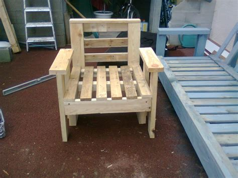 siege en palette fauteuil en palette tendancerecup