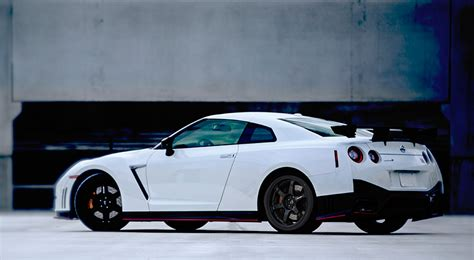Nissan Skyline Gtr 2016 by 2016 Nissan Gt R The Awesomer