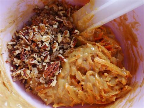 veganising nigella  ginger walnut carrot cake
