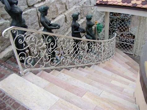 sonnenschirmhalter für balkongeländer metallkunst gel 195 164 nder aus polen bauunternehmen