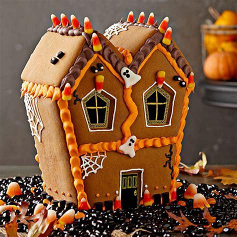 bake halloween haunted house