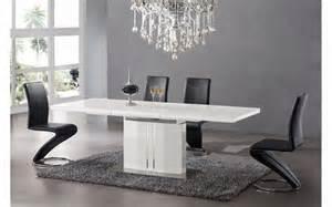 table de salle a manger avec rallonge 12 personnes With salle À manger contemporaineavec table de salle a manger design