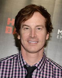 rob huebel photos photos 39hell baby39 premieres in With rob huebel