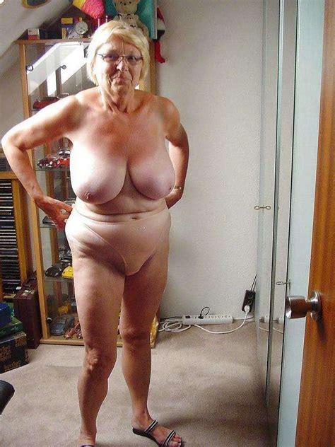 Vieilles Blondes Nues Avec Des Gros Nichons Plaisir Com