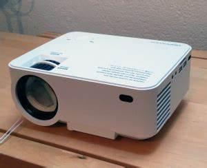 Led Beamer Test 2016 : dbpower 1500 lumen led projektor test mini beamer ~ Frokenaadalensverden.com Haus und Dekorationen