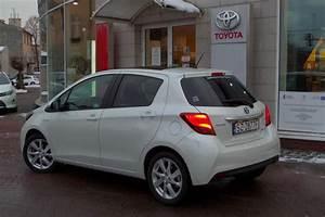 Toyota Yaris Dynamic Business : toyota yaris hybrid dynamic navi hybryda 2014 r ~ Medecine-chirurgie-esthetiques.com Avis de Voitures