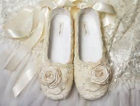 shoe wedding wedding shoes 39 s bridal shoes vintage lace by pink2blue
