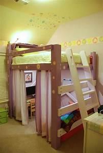 Hochbett Mit Kleiderschrank Unter Dem Bett : jugendzimmer mit hochbett 90 raumideen f r teenagers ~ Sanjose-hotels-ca.com Haus und Dekorationen