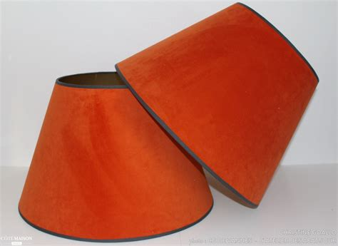abat jour orange r 233 novation d abat jour en velours orange 224 l atelier des abat jour christine goallo c 244 t 233 maison